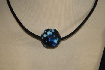 Friendship Pendant with BLUE/BLACK multifacet Bead