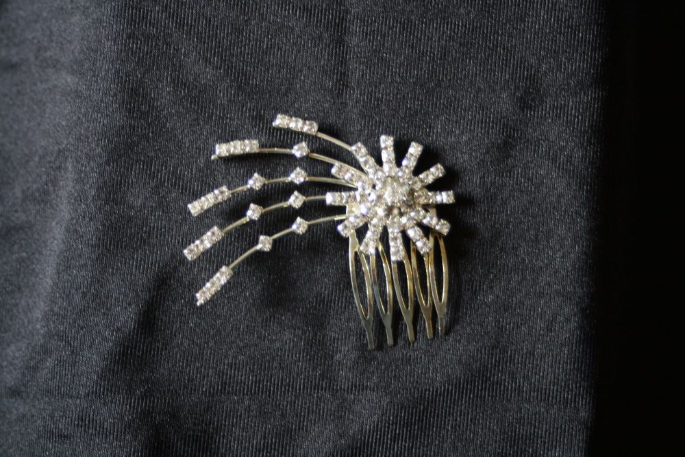 Diamante Starburst Hair Comb