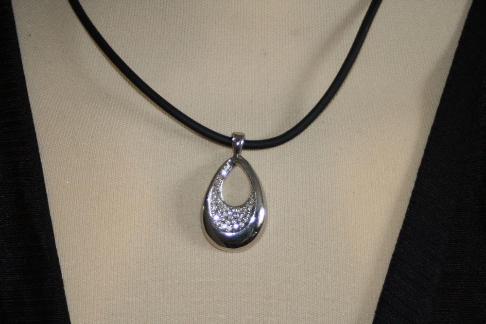 Silver Coloured Slim Oval with Diamantes