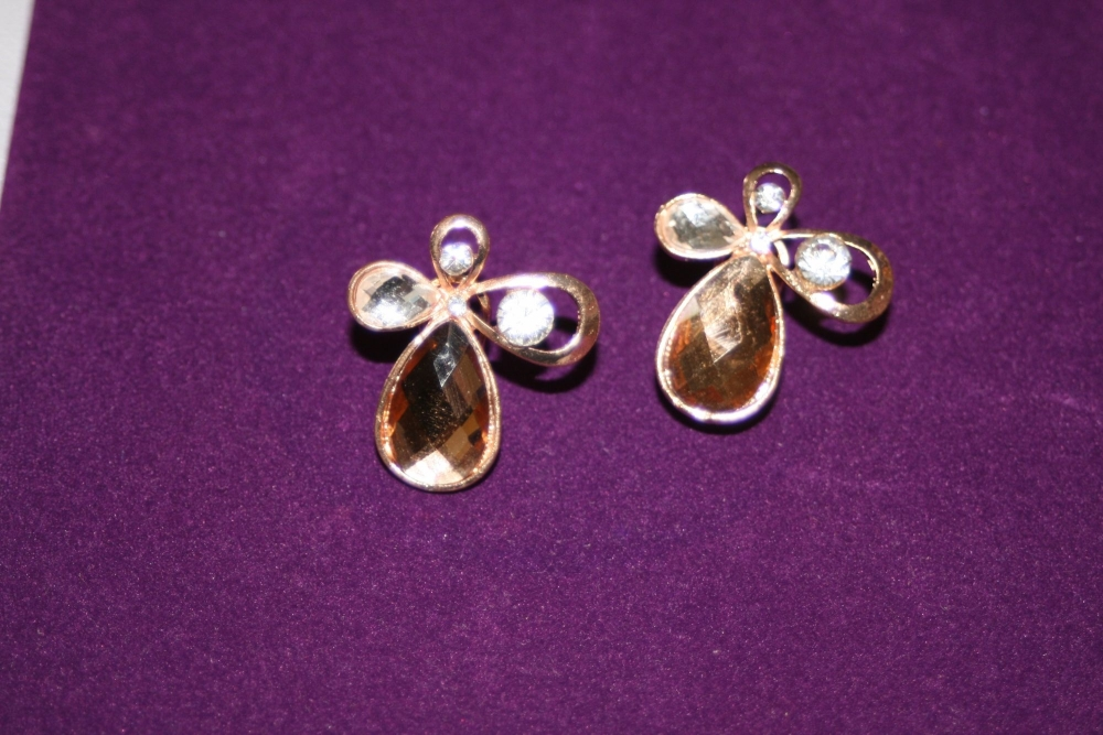 Amber and Diamante Four Petal Flower Earring