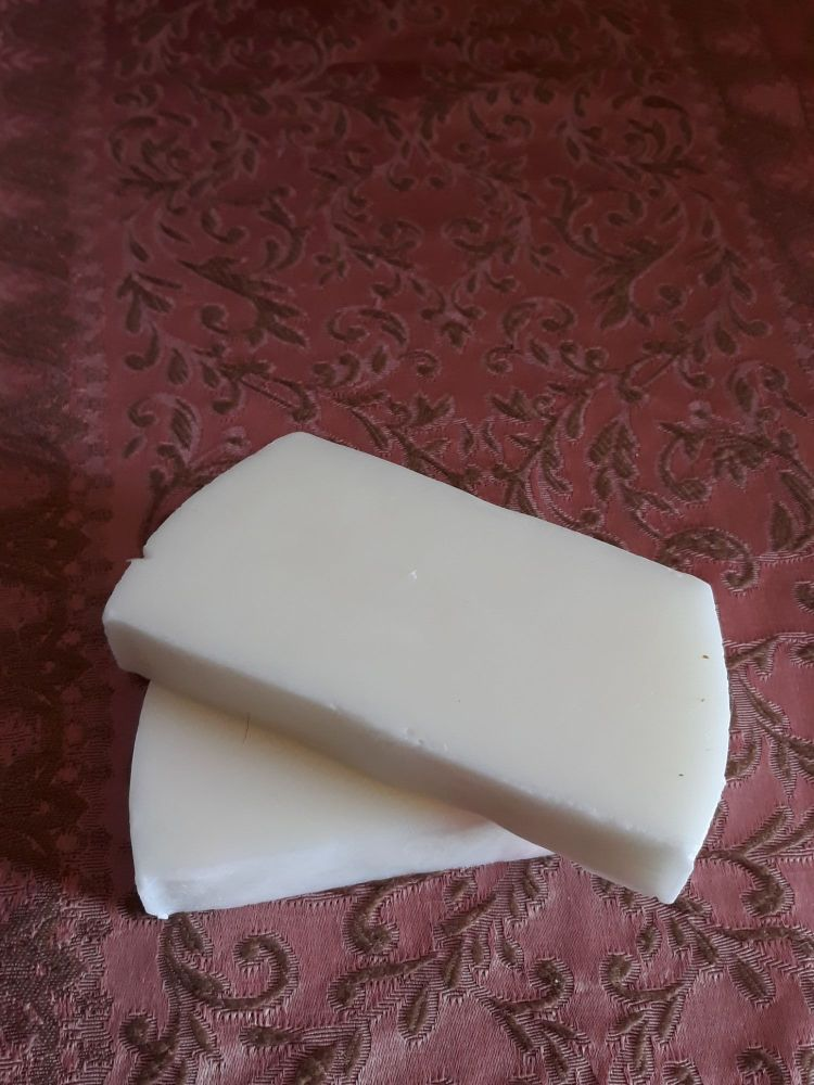 PURE GOAT'S MILK SOAP - BAR - UNPERFUMED AND UNCOLOURED