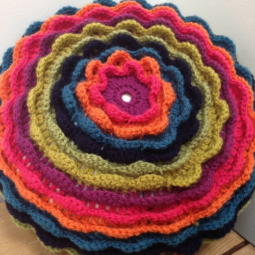 Crochet a blooming flower cushion - Various dates & times