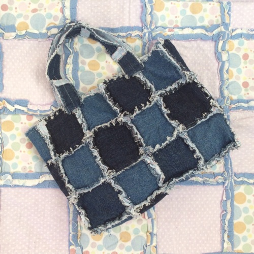 Fun rag quilting - make bags or quilt - Wednesday 2nd August 10am to 3pm