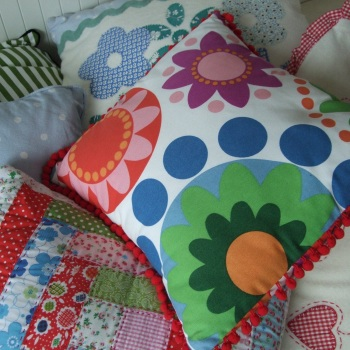 Learn together workshop - Cushion Making - Wednesday 4th April 2018 9:30am to 12:30pm