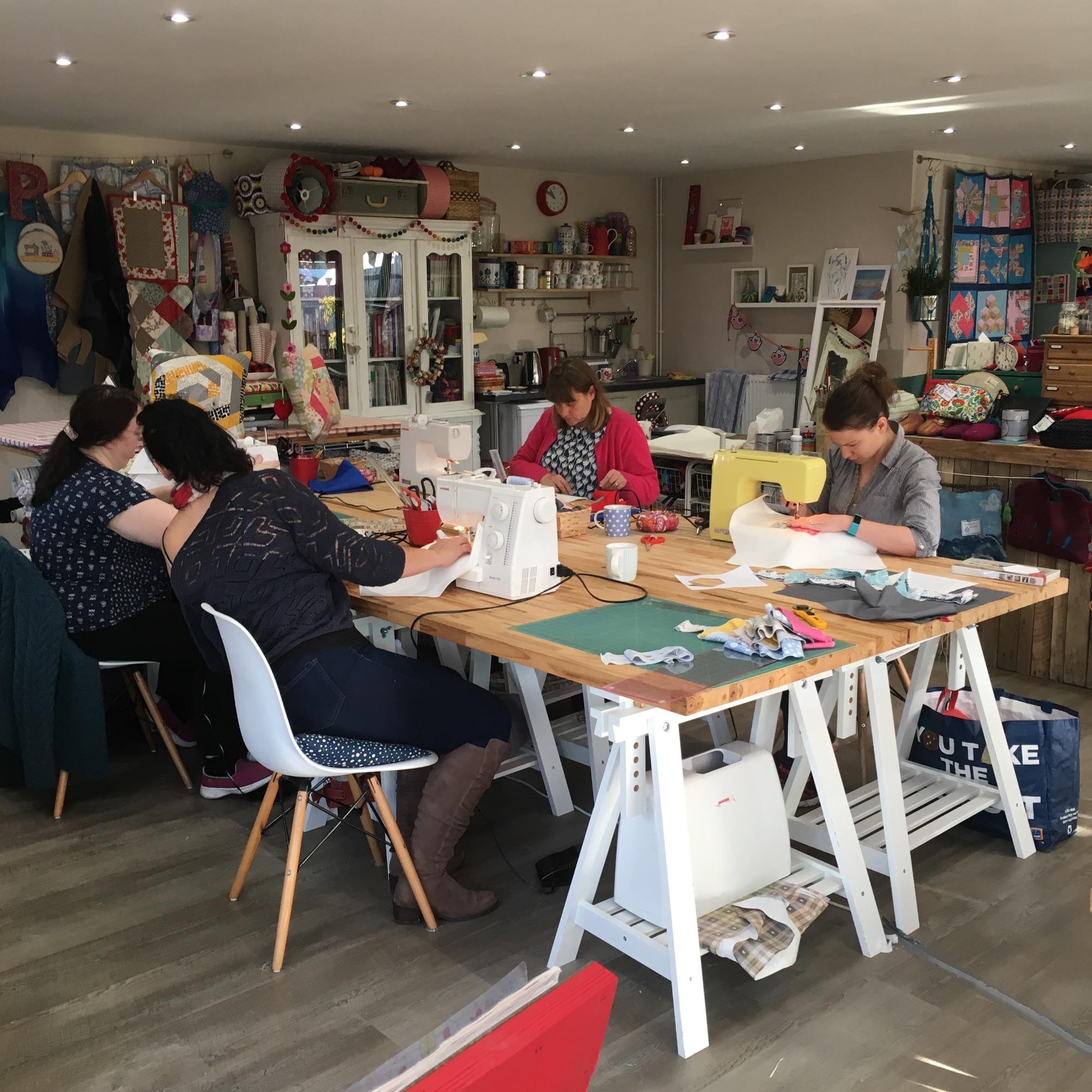 2018 november sewing flipn stitch