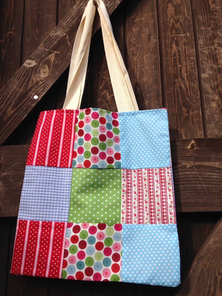 Children's Learn to Sew - Patchwork Tote - 10am - 12:30pm Tuesday 5th Augus