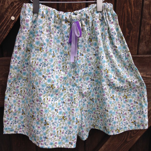 Children's Learn to Sew - shorts - 10am - 12:30pm Monday 16th February
