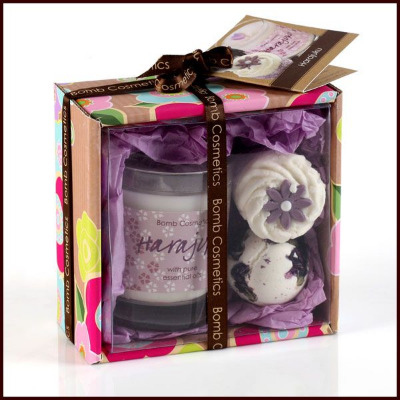 Scented candle & bath mallow gift set, handmade in the UK
