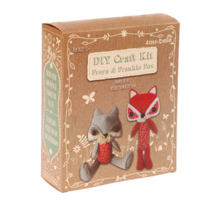 Freya & Frankie fox sewing kit