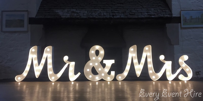 Illuminated Mr and Mrs Sign Hire Gloucestershire
