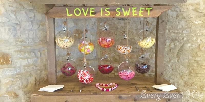 Kingscote Barn Rustic Sweet Stand