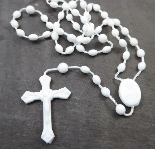 White plastic basic oval rosary beads 42cm length
