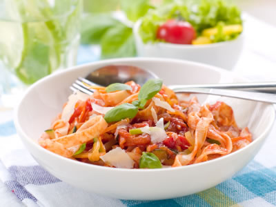 pasta-tomatoes-web