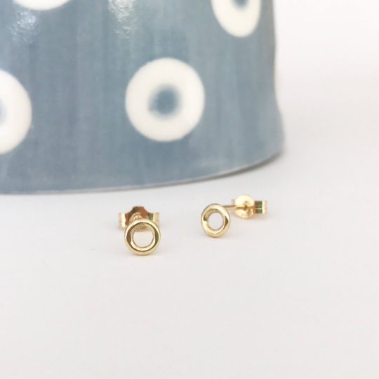 9ct yellow gold circle stud earrings dainty gold earrings