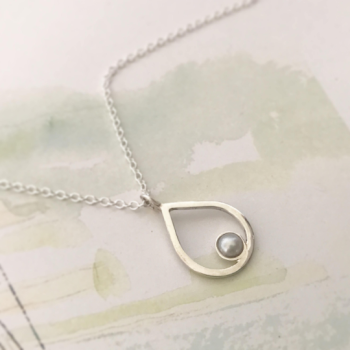 Silver pearl necklace pear shape teardrop pendant with freshwater pearl bridesmaid pearl necklace