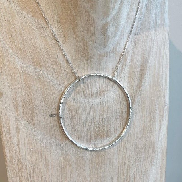 Large hammered circle necklace
