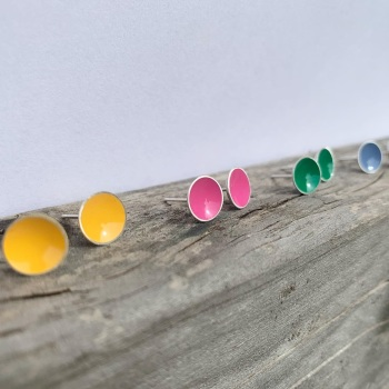 Silver enamel stud earrings