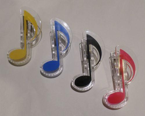 Plastic Clips - Quaver