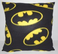 BATMAN LOGO COSY CUSHION