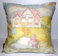 MY LITTLE PONY SHOW STABLE CUSHION