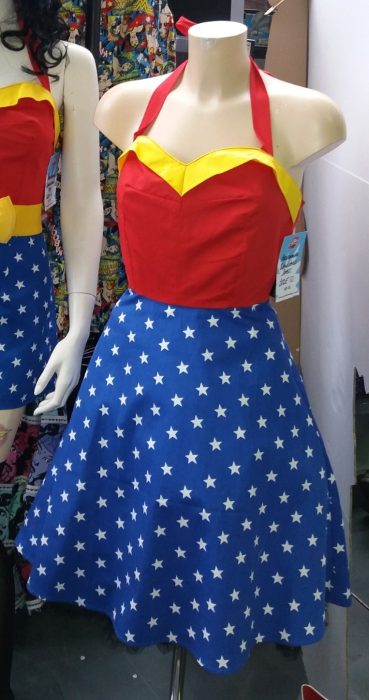 WONDER WOMAN BOMBSHELL SHORTS