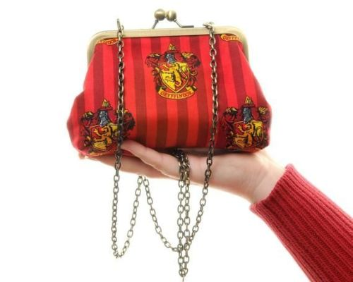 HARRY POTTER SLYTHERIN HOUSE CREST HANDBAG