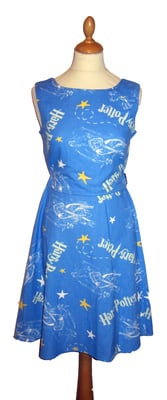 HARRY POTTER LOGO DRESS SIZE 12-14