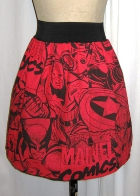 MARVEL COMIC SKATER SKIRT - RED Please note size of print on fabric may var