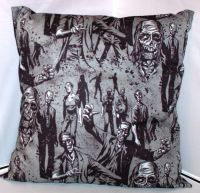 WALKING DEAD ZOMBIE CUSHION