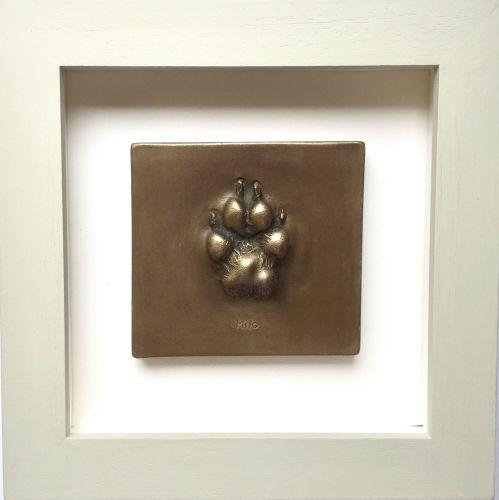 Bronze resin dog paw