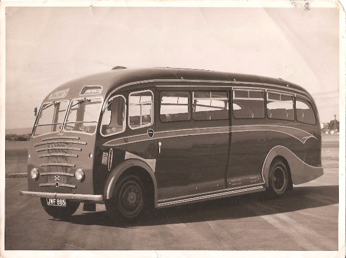 baldrys of newbald albion coach