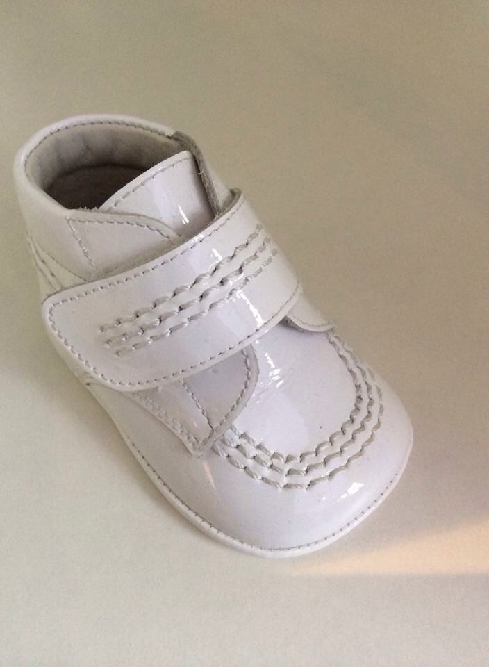 Boys Andanines Soft Sole Shoes - White