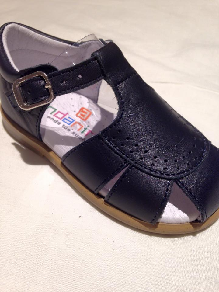 25 Boys Andanines Sandals Navy Leather