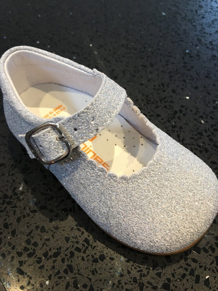 ***PRE ORDER Girls Andanines Silver Sparkle Mary Janes £37.95, available to