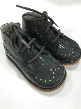 CLEARANCE PRICE NOW ONLY £20 Boys Patent Leather Shoe 1158 - Grey Patent (Wider Fitting)