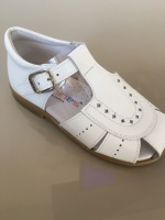 CLEARANCE PRICE NOW ONLY £25 Boys Andanines Sandals White Patent
