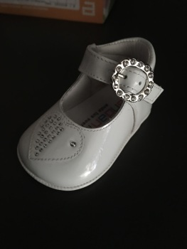 Girls Andanines Soft Sole Shoes 172893 - White