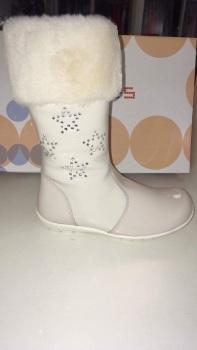Girls Andanines Cream Patent Boots