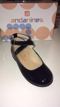 Girls Andanines Navy Patent Shoes.