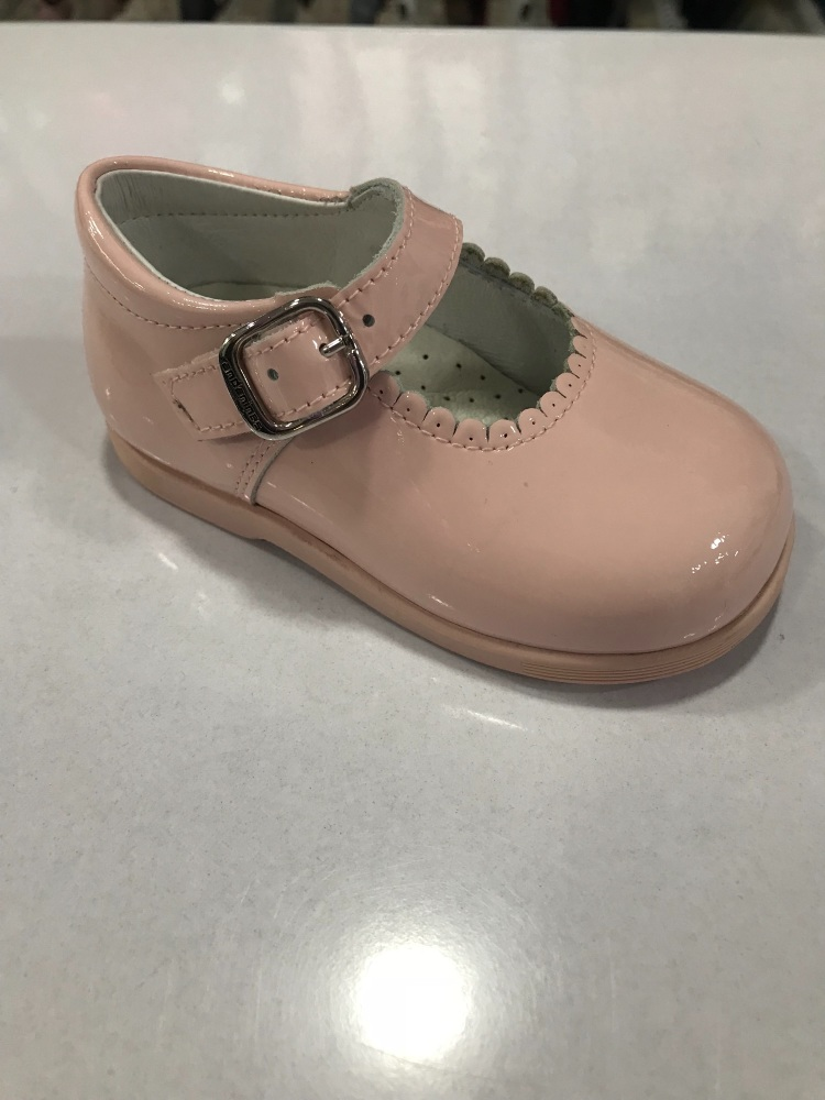 Girls Andanines Pink Patent Mary Jane Shoes with Rubber Soles