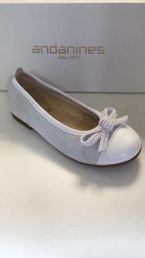Girls Andanines White Shoes