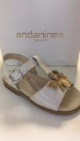 CLEARANCE PRICE NOW ONLY £25 Girls Andanines Sandals Gold Patent