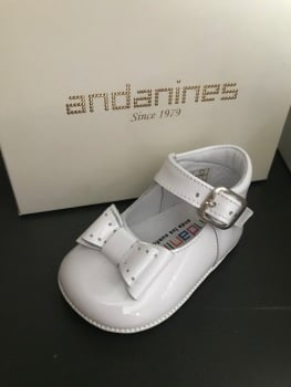 Girls Andanines Soft Sole Shoes - White 182887