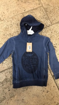 CLEARANCE PRICE Boys Levis Hoodie 5 Years