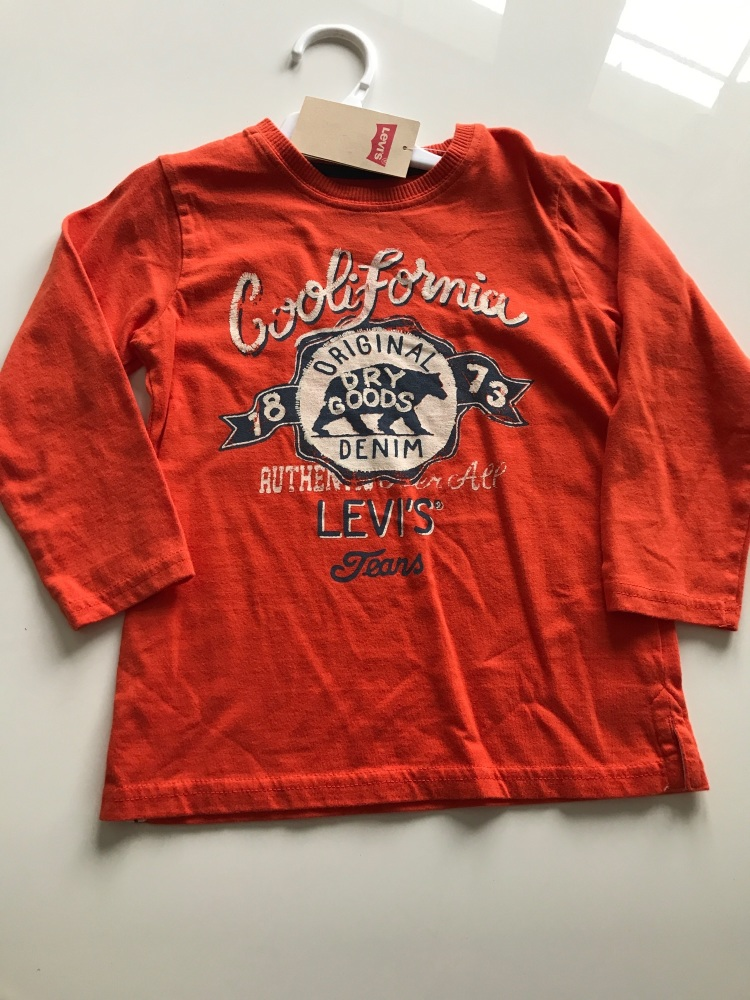 CLEARANCE PRICE Boys Levi's Top Age 3 years