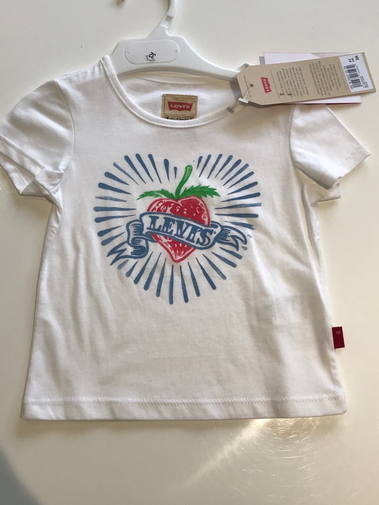 CLEARANCE PRICE Girls Levi's Tshirt Age 2 years
