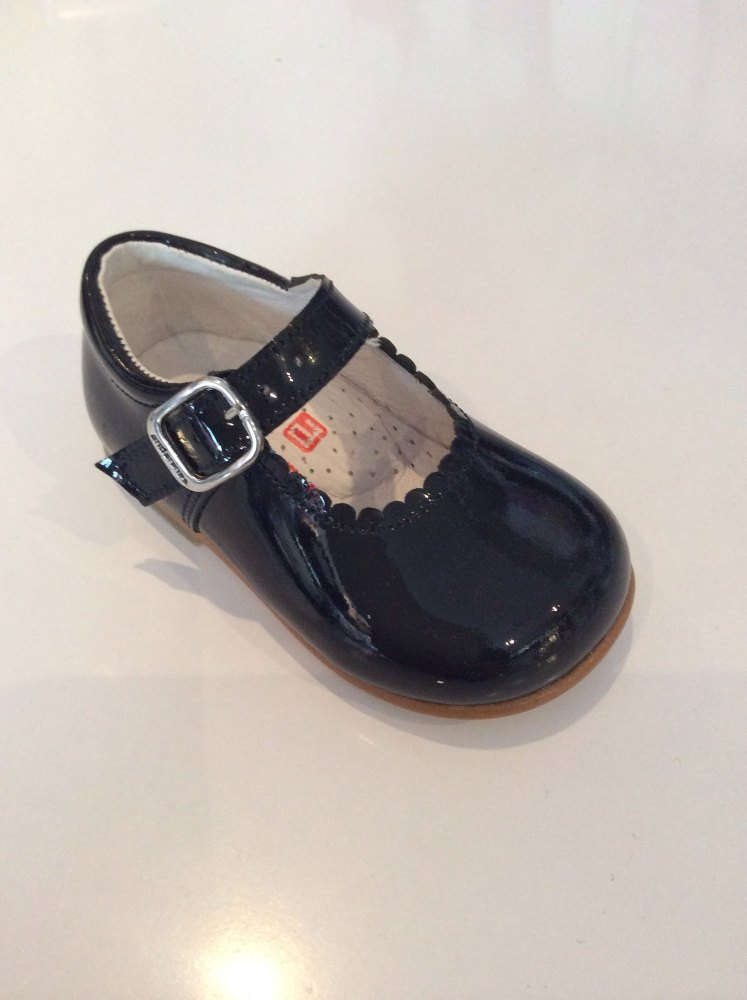 Girls Andanines Black Patent Shoes