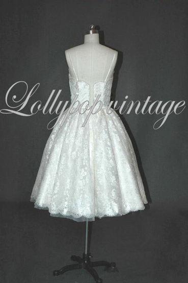 Lizzy 50s style wedding dress