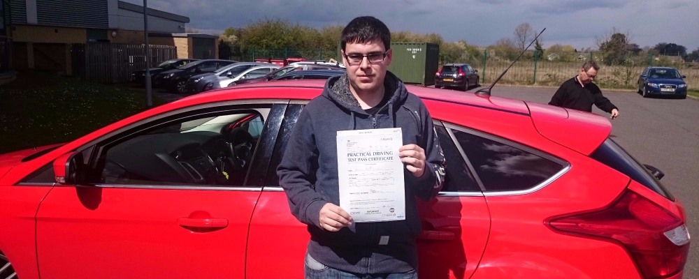 Kelvin Longdon took his driving lessons and passes his test in Louth with 21st Century Driving