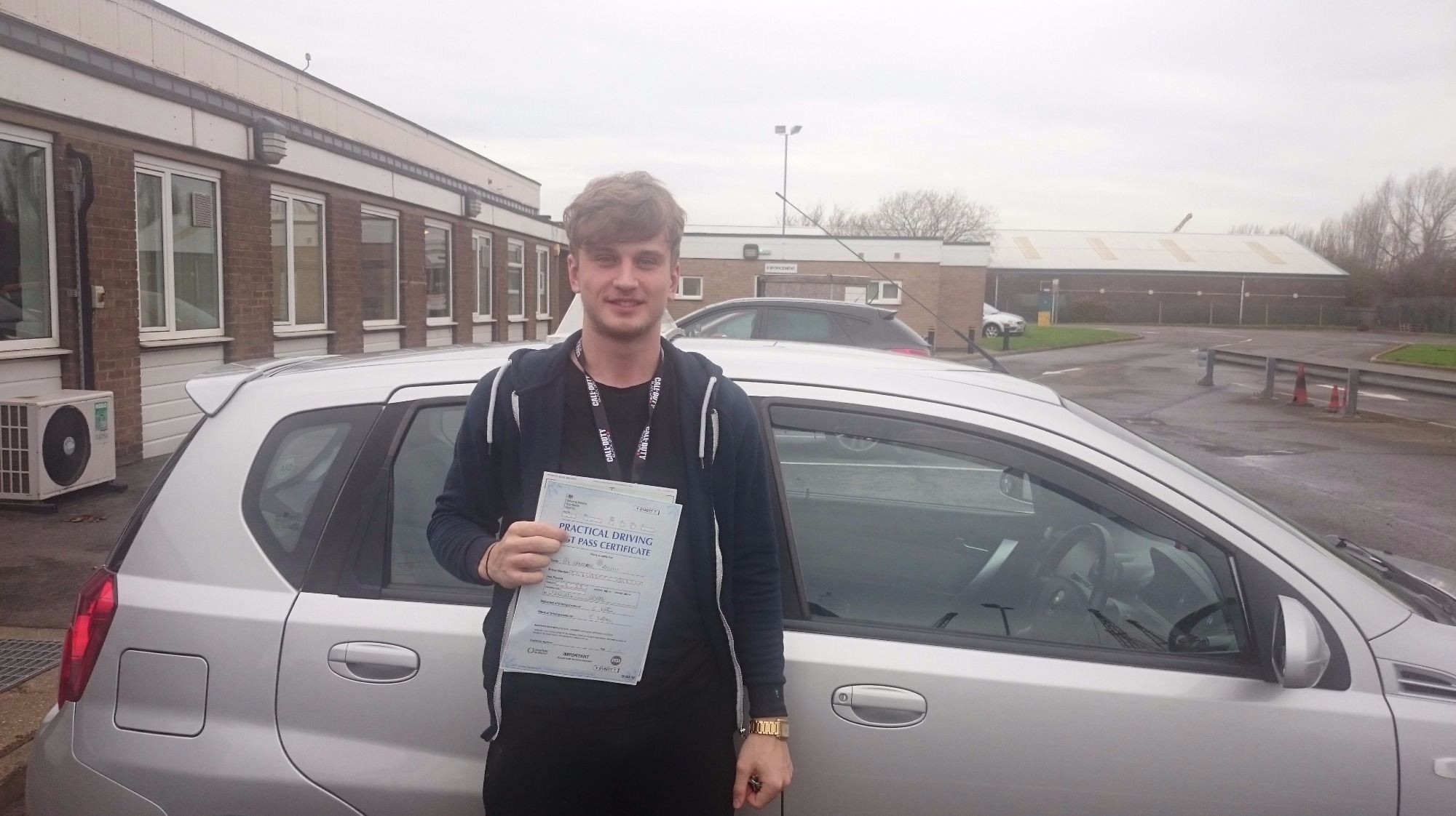 Arnolodas Paliulis took his driving lessons and passes his test in Grimsby with 21st Century Driving